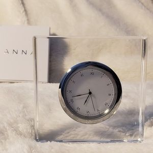 Anna New York Vola Your Time Is Now Lucite Clock